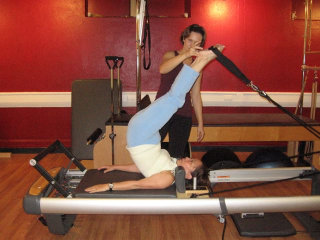 Short Spine on Reformer_Upside-Down Pilates_Pilates Hawaii_Pilates Honolulu